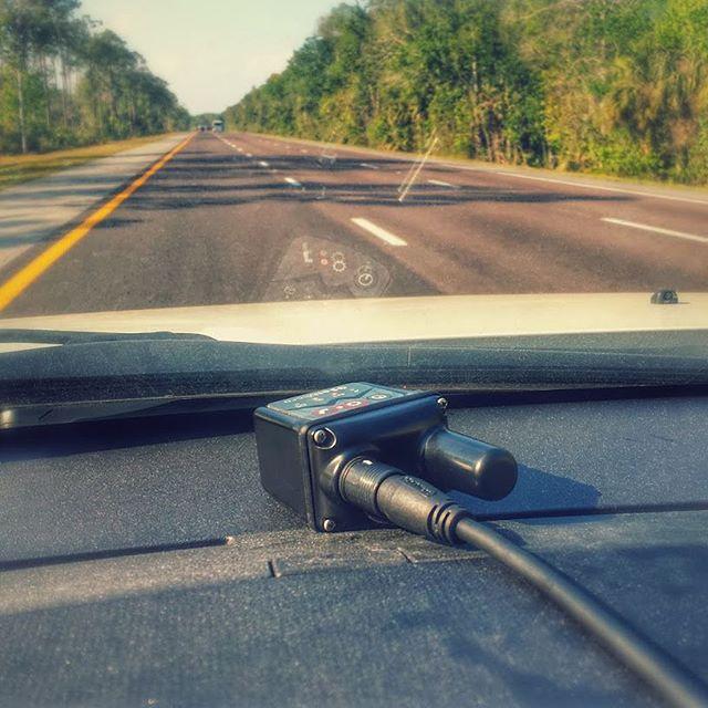 GSatMicro - Vehicle tracking down I-95, Florida